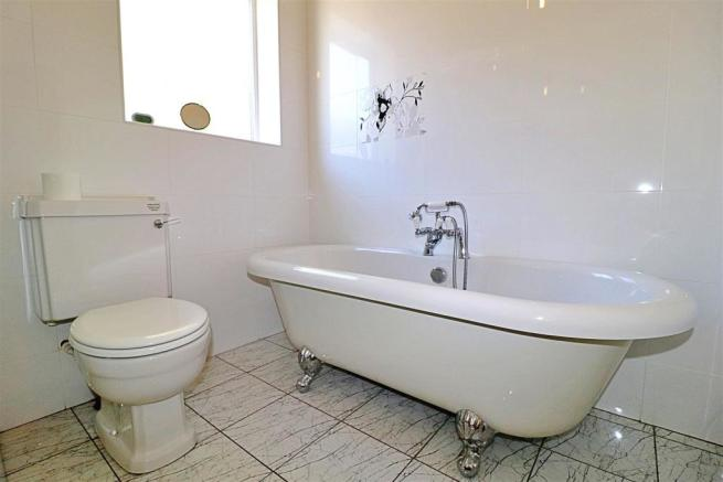 Bathroom Bath.JPG