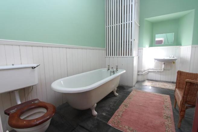 Jack And Jill Ensuite Bathroom