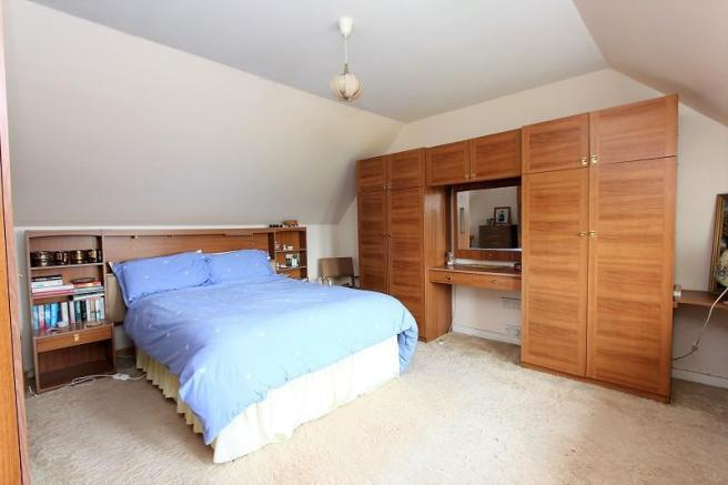 Bedroom 1 Additonal