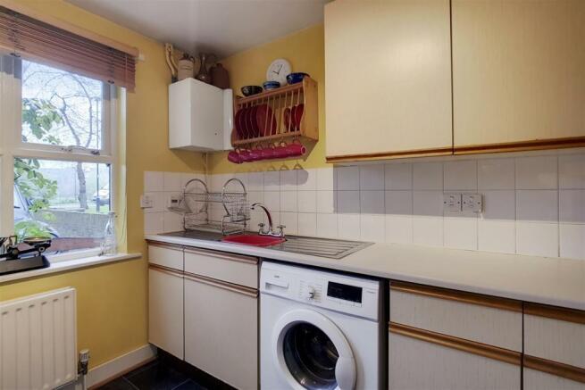 3_Kitchen_4.jpg