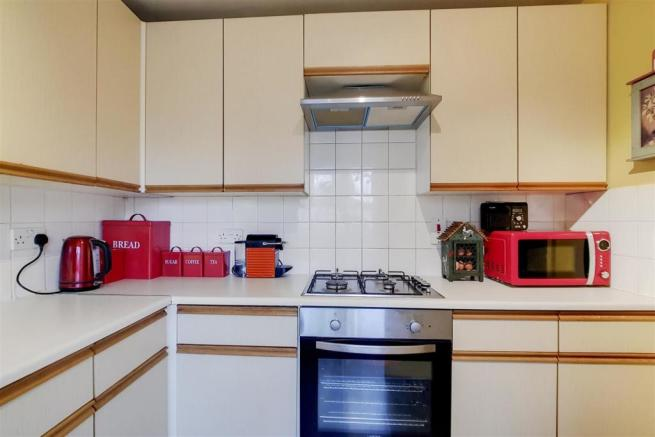 4_Kitchen_4.jpg