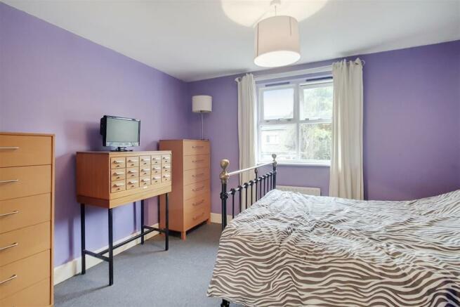 8_Master_Bedroom_8.jpg
