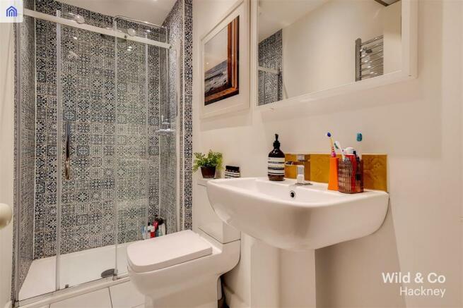 8_Bathroom_6.jpg