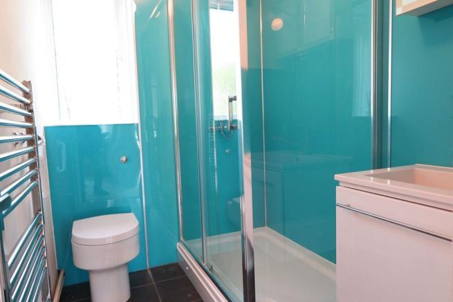 shower-room.jpg