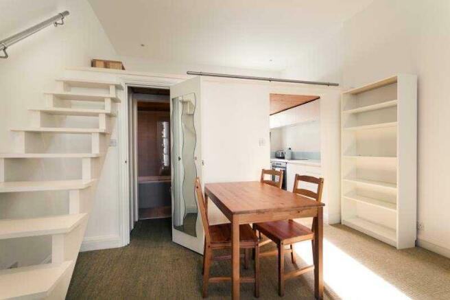 JA Lounge from flat door