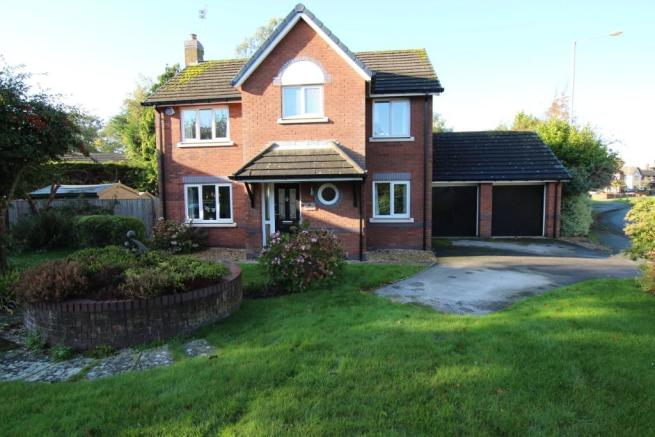 4 Bedroom Detached House For Sale In Foxall Way Great