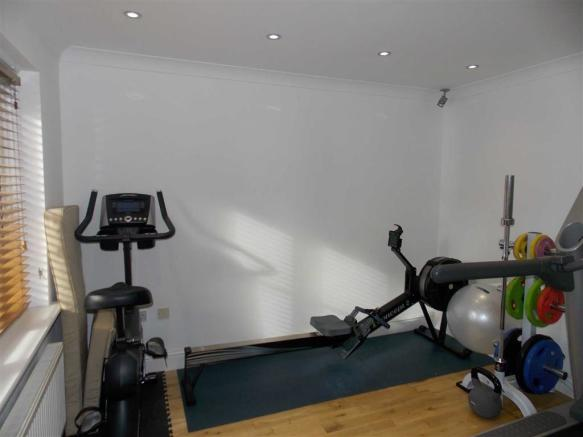 OFFICE/HOME GYM
