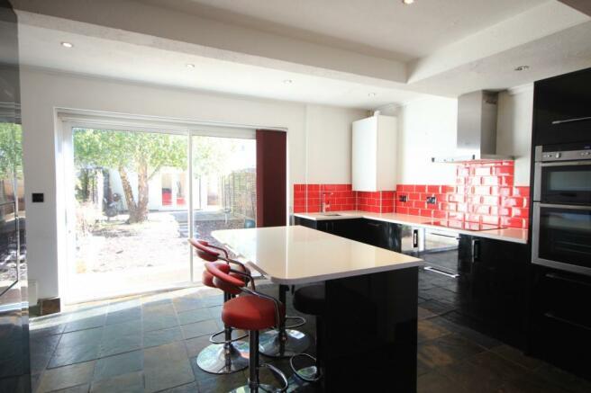 Kitchen/Diner (Main)