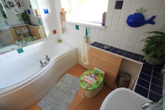 Upstairs Family Bath