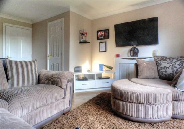 Additional Lounge Photo