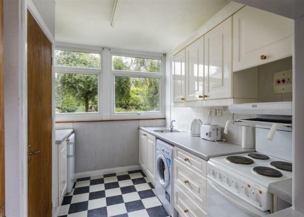 Spinney16-Kitchen-01A.jpg