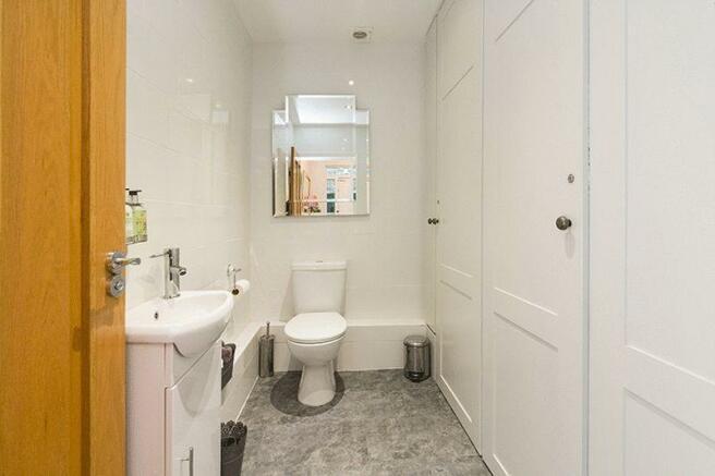 Cloakroom WC &...