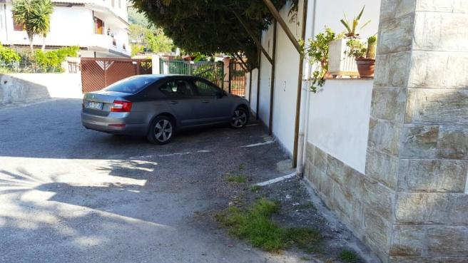 Private parkingspace