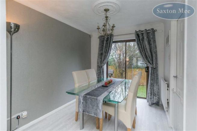 SEPARATE DINING ROOM AREA