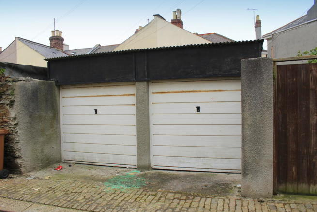 Lock-up Garages