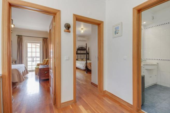 4+1 Bedroom Villa