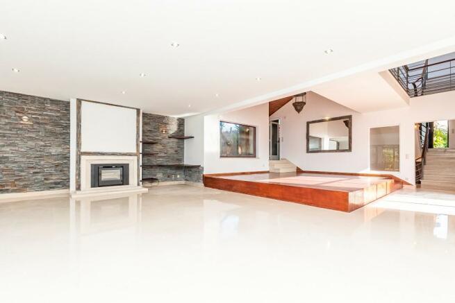 6 bedroom Villa, Cas