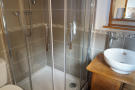 gite1st floor shower