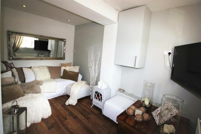 Lounge - Snug
