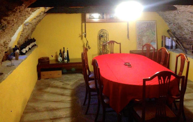 Cave - dining room