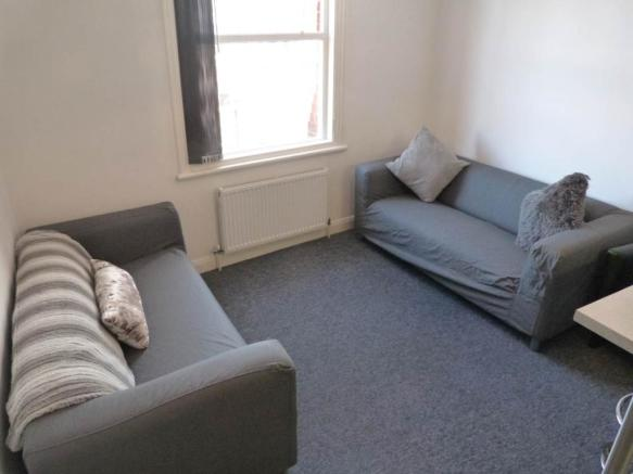 Lounge APT 3