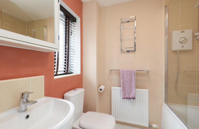 3 Bedroom Detached House For Sale In Rowsley Drive