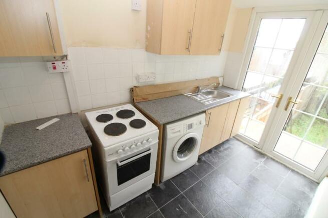 Flat Kitchen