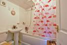 Flat 12 Bathroom