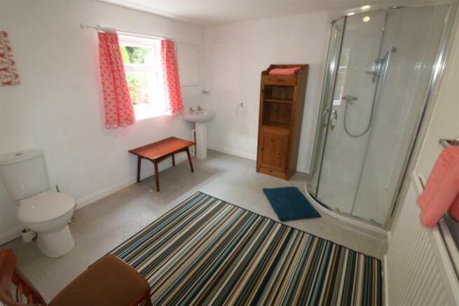 Annexe Shower Room / WC