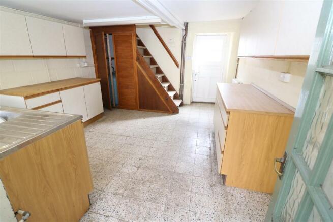 Outbuilding - Kitchen