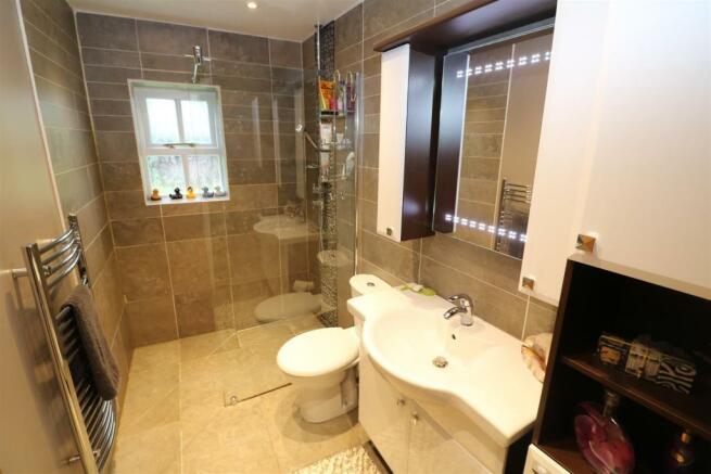 Ground Floor Shower Room / WC