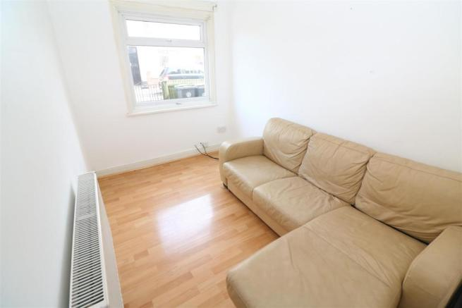 126B - Living Room
