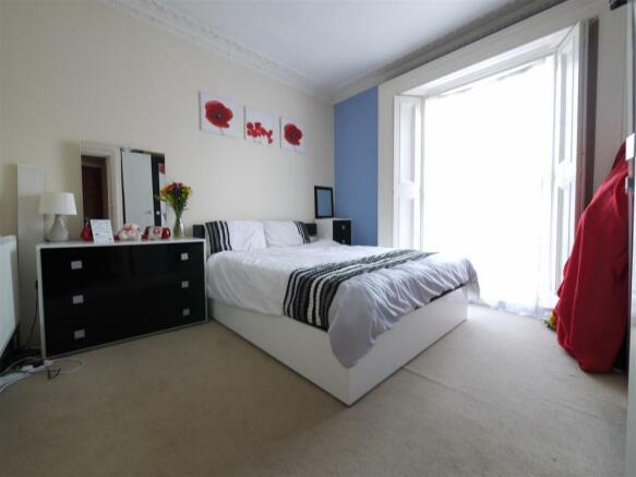 Bedroom - 4 Hayden House.JPG