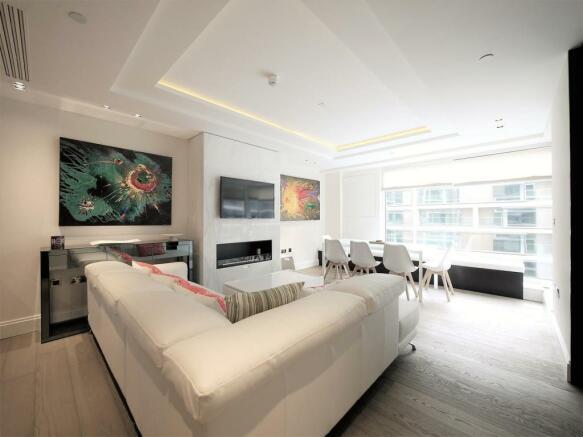 3 Bedroom Apartment For Sale In High Street Kensington