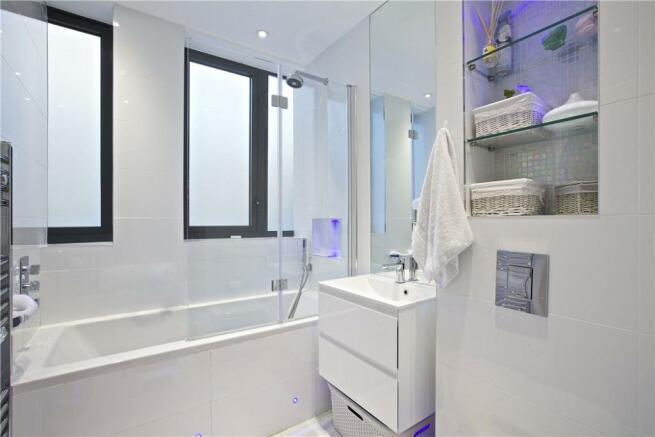 Bathroom  : W10