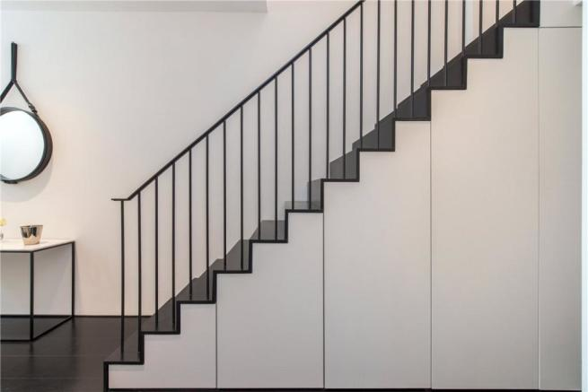 Staircase : Nw6