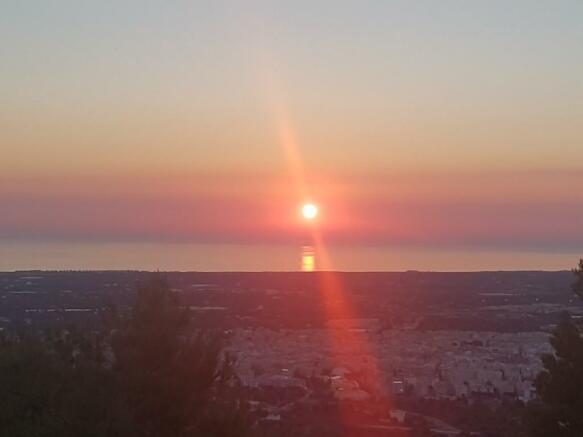 Morning sun rise