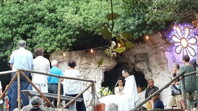 Mass in the ravine