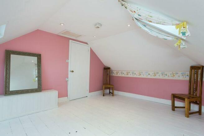 Annex-Bedroom B