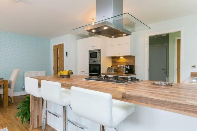 Dining/Kitchen E