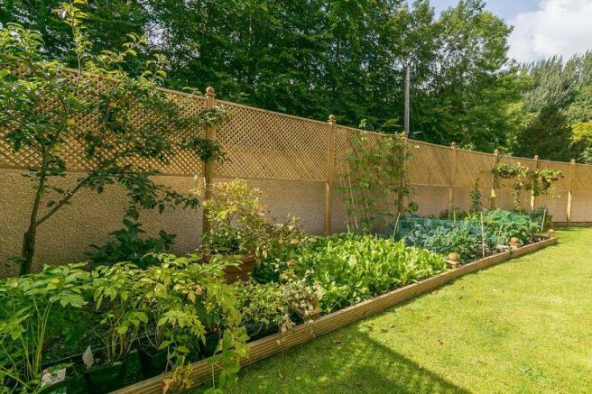 Garden H