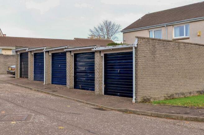 Garage Blaock