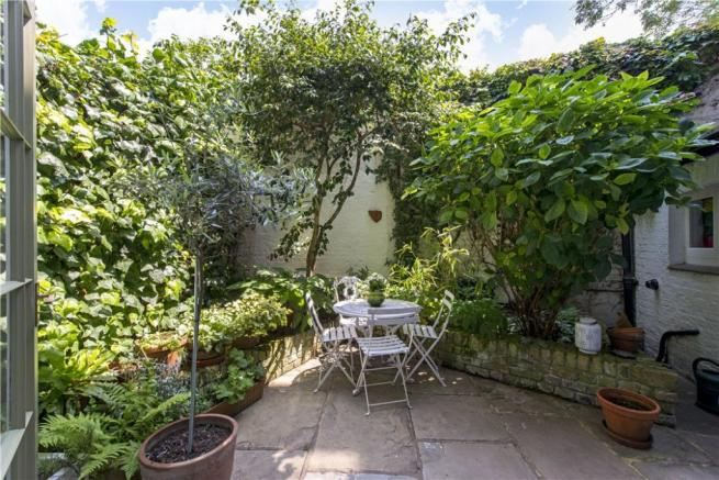 Nw1: Garden