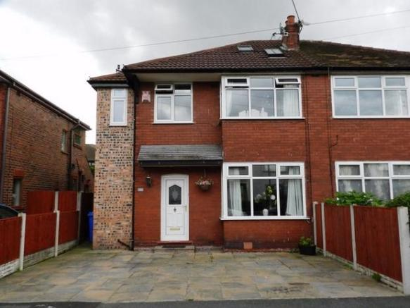 4 Bedroom Semi Detached House For Sale In Claremont Drive