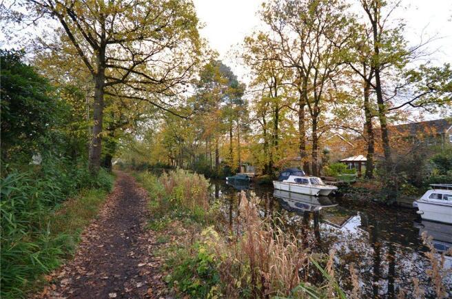Canal Alt