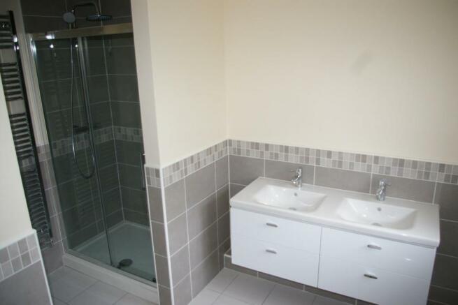 House Bathroom (2).J