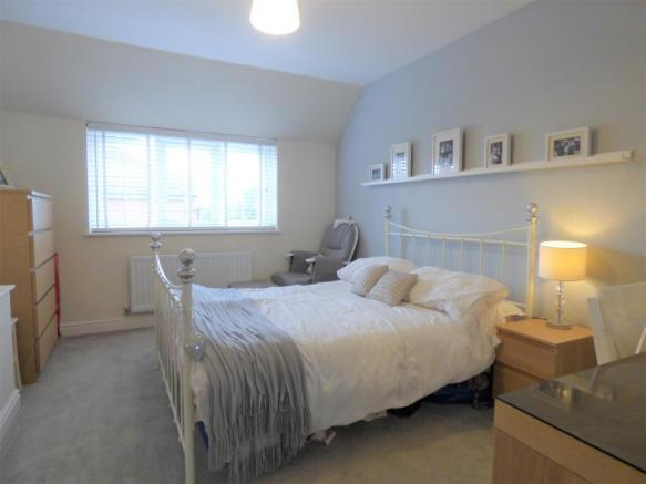 4 Bedroom Detached House For Sale In Holtby Avenue Cottingham Hu16