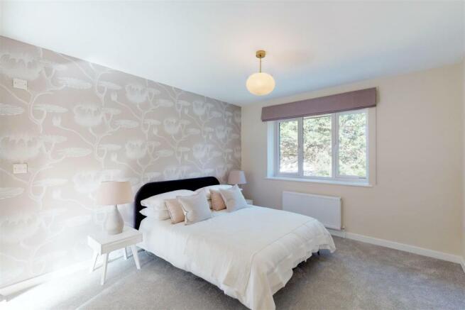 21B Bedroom 1.jpg