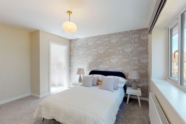 21B Bedroom 1 (1).jpg