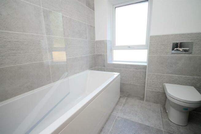 19B Bathroomedited.jpg